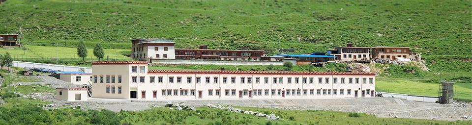 Das neue Labor im Dzongsar-Tal